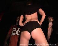 Nightclub Booty Shakin